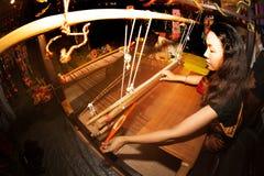 Tkacza działania przedstawienie w Tajlandia wycieczki turysycznej festiwalu Zdjęcia Stock
