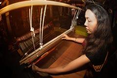 Tkacza działania przedstawienie w Tajlandia wycieczki turysycznej festiwalu Obraz Stock