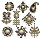 Tkanina haftował łaty z cekinami, koralikami i perłami, również zwrócić corel ilustracji wektora royalty ilustracja