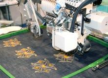 Tkaniny - Fachowa i przemysłowa hafciarska maszyna Obraz Royalty Free