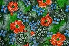 Tkaniny tekstura z kolorowymi kwiatami Zdjęcia Royalty Free
