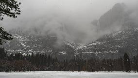 TL ανοικτός τομέας Yosemite με το χιόνι απόθεμα βίντεο