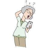 Téléphone confus de femme supérieure nouveau Photo libre de droits