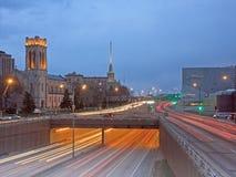 Túnel de la colina de Lowry en Minneapolis en la oscuridad Imagen de archivo libre de regalías