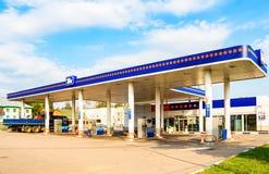 TNK加油站 TNK是其中一家最大的俄国石油公司 免版税库存图片