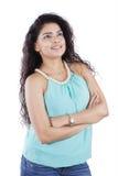 Tänkande idé för indisk kvinna i studio Arkivbild