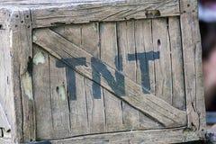 TNT Boîte de dynamite Caisse occidentale sauvage d'explosif d'exploitation photos libres de droits