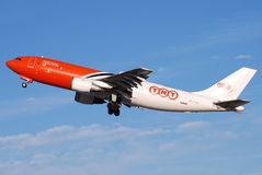 TNT Express Airways. TNT Express is an international express delivery company based in the Netherlands. It operated a large network that includes TNT Airways Stock Photography
