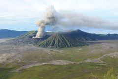 Volcan Mont Bromo Eruption, Java Indonesia Stock Photo