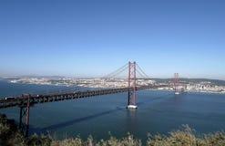 25to de April Bridge en Lisboa, Portugal Imágenes de archivo libres de regalías