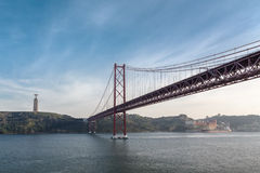 25to del puente de abril Cristo el monumento del rey Fotografía de archivo