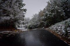 To jest wizerunek wczesnego poranku opad śniegu zdjęcia royalty free