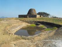 TO JEST wizerunku YAPAHUWA skały PIĘKNY forteca SRI LANKA obrazy stock