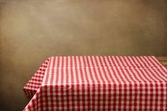 Tło z stołem i tablecloth Obrazy Royalty Free