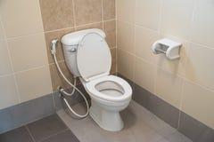 Toalete no banheiro Fotos de Stock