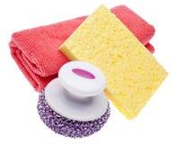 A toalha de limpeza, esponja e esfrega a escova Imagem de Stock