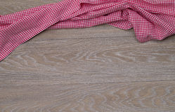 Toalha de prato no fundo de madeira rústico Foto de Stock