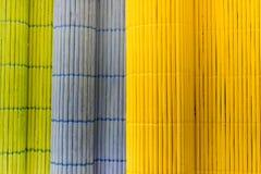 Toalhas de mesa de madeira da cor Imagens de Stock Royalty Free