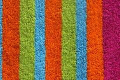 Toalla de playa colorida foto de archivo libre de regalías