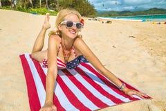 Toalla de playa de la bandera americana Imágenes de archivo libres de regalías