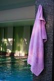 Toalla rosada Foto de archivo libre de regalías