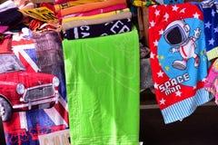 Toallas coloreadas fotos de archivo libres de regalías
