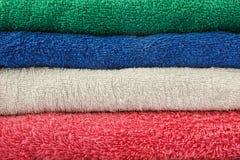 Toallas coloridas Imagen de archivo libre de regalías