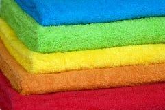 Toallas de terry del color fotos de archivo