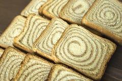 Toast auf einem hölzernen Stand Lizenzfreie Stockfotos