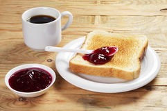 Toast with jam and coffee Royalty Free Stock Photos