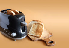 Toaster And Toasts Royalty Free Stock Images
