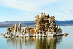 Tobas volcánicas en el mono lago Fotos de archivo
