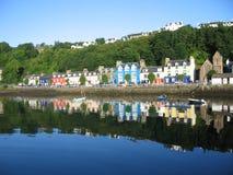 Tobermory, isla de reflexiona sobre Imágenes de archivo libres de regalías