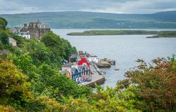Tobermory in a summer day, capital of the Isle of Mull in the Scottish Inner Hebrides. Tobermory is the capital of, and the only burgh on, the Isle of Mull in Stock Photos