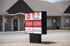 Tobey Clinic Healthcare, Oakland, TN. Tobey Clinic Family Healthcare providers, provide emergency, urgent and minor medical care to people in need stock photo