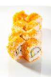 Tobiko-Sushi-Rolle Stockbild
