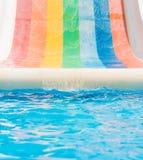 Tobogan, glissière d'eau, vacances d'été Image stock