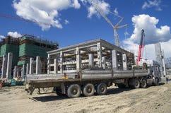 Tobolsk, Ρωσία - 16 Ιουλίου 2017: η επιχείρηση ` SIBUR ` Μεγάλης κλίμακας κατασκευή χημικού του σύνθετου αερίου Στοκ Φωτογραφίες