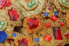 Tocado con los rubíes falsos Foto de archivo