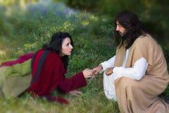Tocando em Jesus foto de stock royalty free