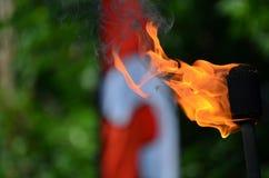 Tocha de mnanipulação do fogo Fotos de Stock