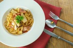 Tocino y seta de los espaguetis Foto de archivo