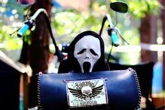 Tod auf einem Fahrrad Versuchen Sie nie, schneller zu fahren Lizenzfreies Stockfoto