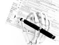 Tod durch Steuern stockbilder