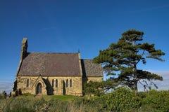 Toda a igreja de Saint em Burythorpe imagens de stock royalty free