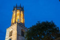 Toda la iglesia de los santos en York en la noche Fotografía de archivo libre de regalías