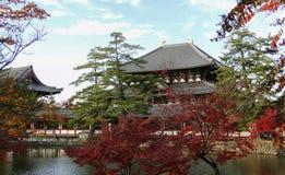 Todaiji świątynia w spadku w Nara, Japonia zdjęcie stock