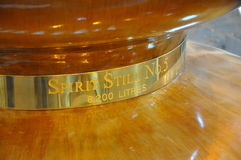 Todavía alcohol del cobre de la destilería de Glenmorangie Fotografía de archivo libre de regalías