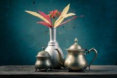 Todavía cesta de la flor de la vida Fotografía de archivo libre de regalías