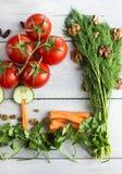 Todavía comida sana de la vida en un fondo de madera Imagenes de archivo